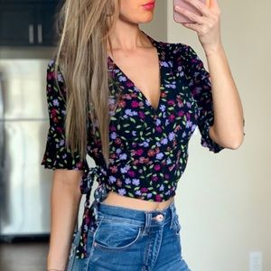 -New Black Floral Wrap Ruffle Crop Top-